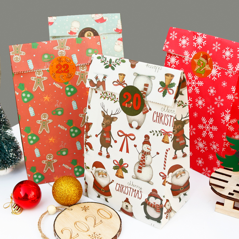 24pcs Snowflake Merry Christmas Paper Bag Santa Claus Invitation Gift Envelope With Number Stickers Xmas DIY Party Envelope