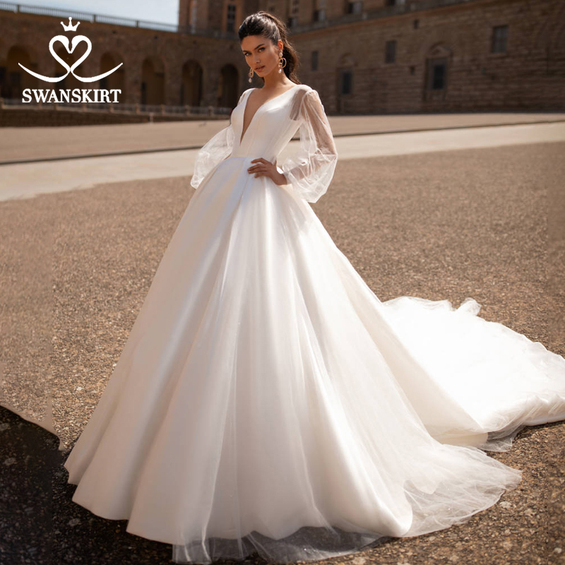 Fashion V-neck Wedding Dress Swanskirt I216 Simple Lantern Sleeve Tulle A-Line Princess Bridal Gown Court Train Vestido De Noiva