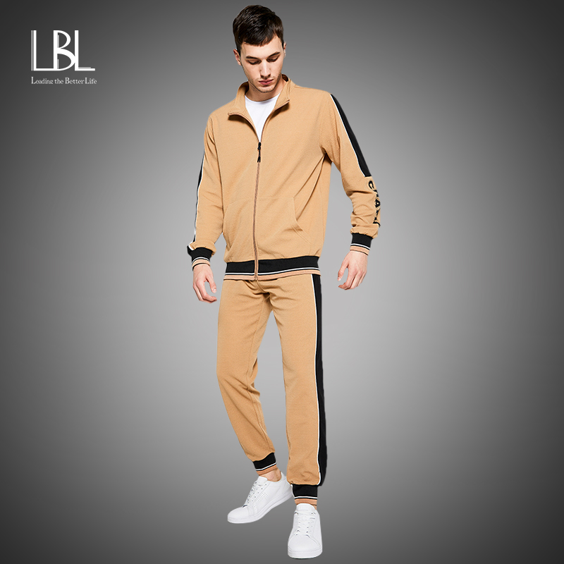 New Men's Sweatsuit Sets 2020 Autumn Winter 2 Piece Zipper Jacket Track Suit + Pants Casual Tracksuit Men Sportswear Set Clothes