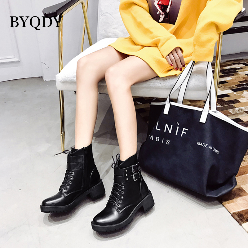 BYQDY Autumn PU Leather Motorcycle Boots Black Square Heel Rivet Woman Lace Up Buckle Ankle Warm