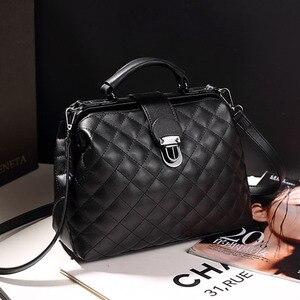 Image 3 - แฟชั่นลายสก๊อตRivets PuหนังCrossbodyกระเป๋าผู้หญิงสีทึบกระเป๋าถือไหล่หญิงDoctor Tote