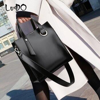 LUCDO Solid color Leather Luxury Handbags Women bags designer Large Capacity Totes Bag Retro shoulder Messenger Crossbody bag