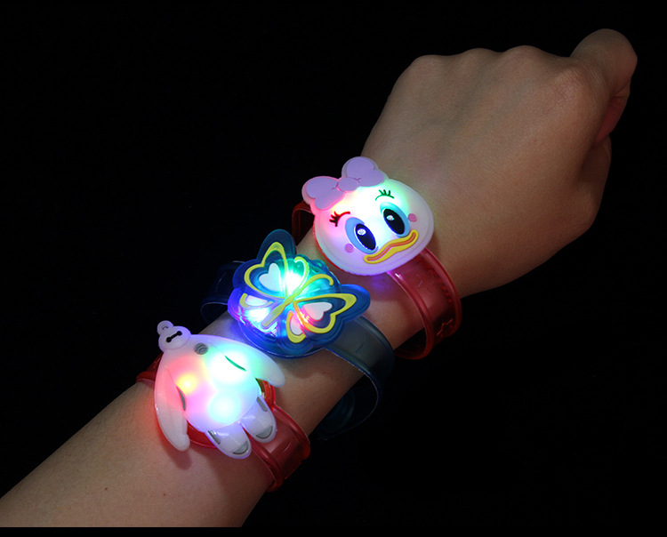 Novelty & Gag Toys Luminous Bracelet Creative Children's Watch Flash Wrist Luminous Toys Kids Gifts/Baby Toys for Children/Kids
