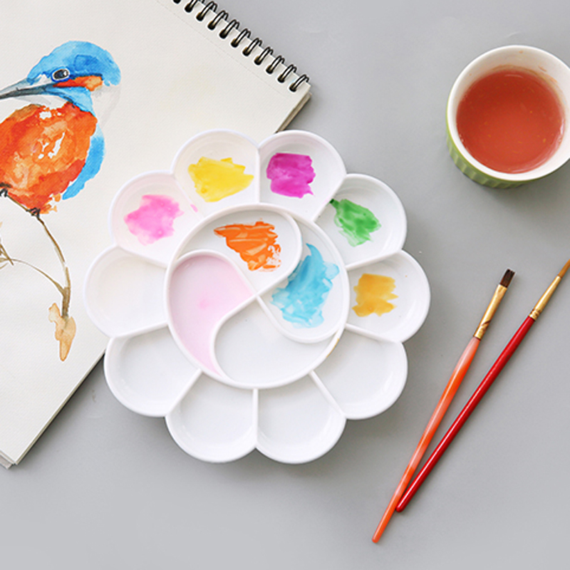 JIANWU Plum Shape Functional Painting Palette Art Creation Plastic School Class Hobby Art Supplies