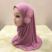H081 bela menina pequena al amira hijab com flores caber 2-7 anos de idade muçulmano crianças puxar no lenço islâmico
