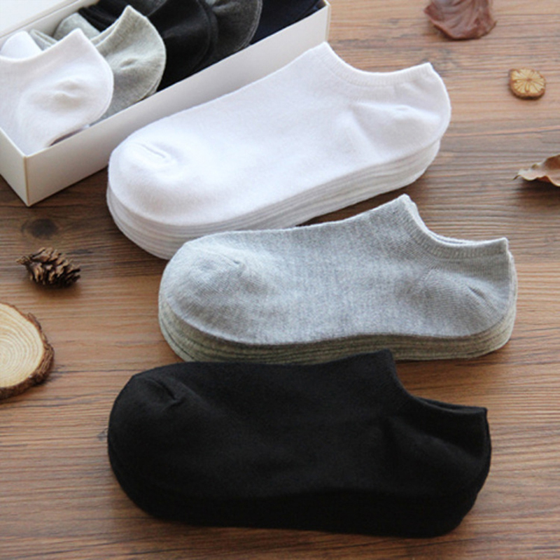 2020Men Socks Breathable Sports Socks Solid Color Boat Socks Comfort Cotton Ankle Socks Men White Black