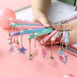 Image 1 - 32 Stks/partij Crystal Ball Pen Mini Wish Star Hanger Zwarte Kleur Pen Schrijven Leuke Briefpapier Gift Kantoor Schoolbenodigdheden A6791