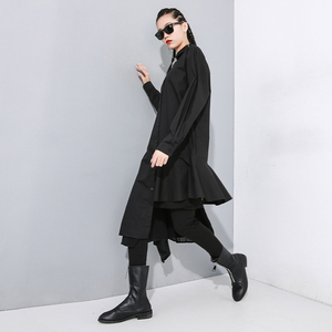 Image 2 - [EAM] Women Black Asymmetrical Pleated Long Blouse New Lapel Long Sleeve Loose Fit Shirt Fashion Tide Spring Autumn 2020 1N202