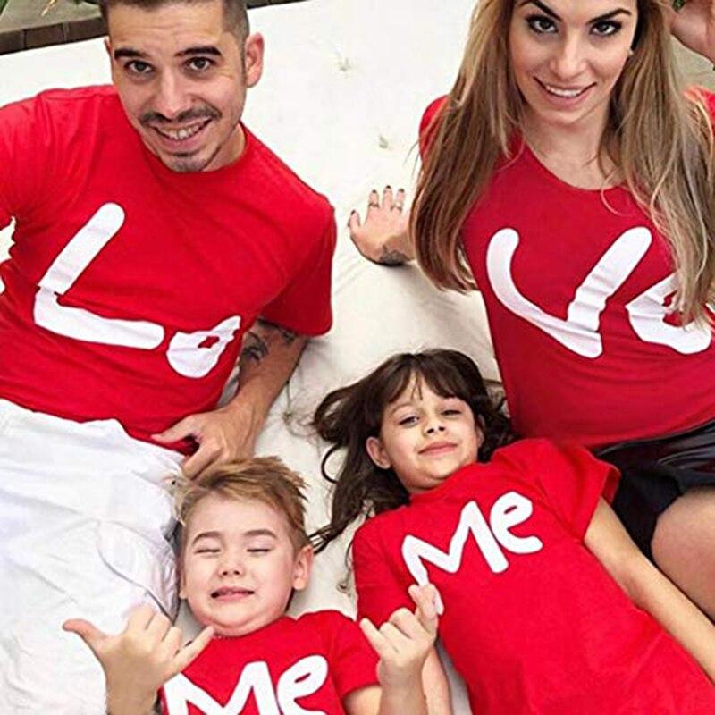 1PC LO VE ME Valentine famille t-shirts Parents et enfants rouges famille correspondant t-shirt saint valentin famille Look tenues