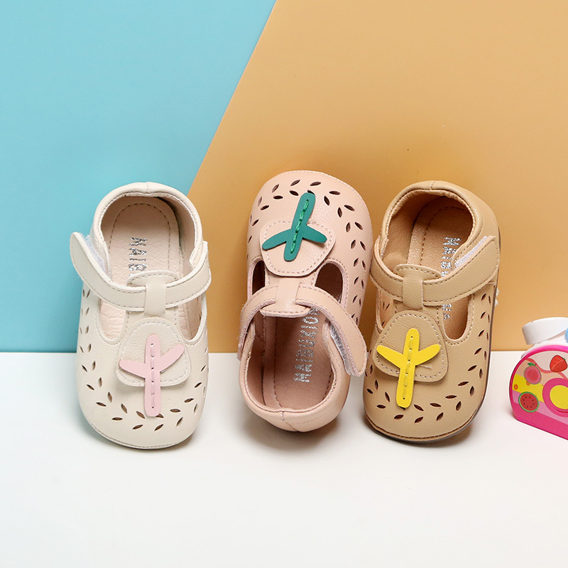 2020 Spring New Baby Girls Hollow Leather Shoes 0-3 Year Old Small Girls Shoes Soft Bottom Babies' Toddler Shoes First Walkers