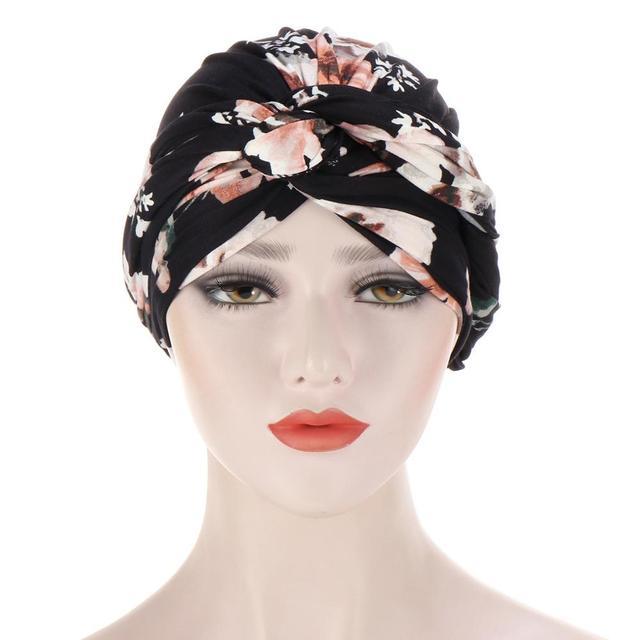 Фото новая шелковистая шапка тюрбан с вышитым бисером цветком и крестиком