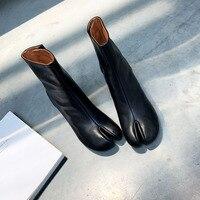 Bottes mi-mollet pour femmes marque de luxe en cuir de vache bout fendu fermetures à glissière couleur noire talons hauts femme hiver bottes en peluche courtes