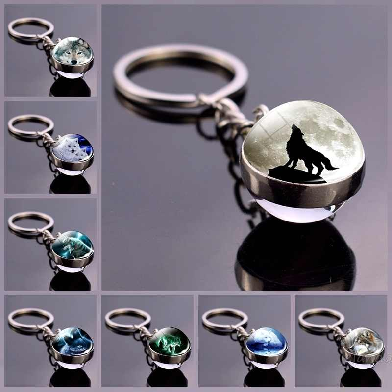 Wolf and Moon Keychain Glass Ball Pendant Crystal Ball Jewelry Fashion Wolf Head Sphere Keyring Animal Key Chain Men Women Gift