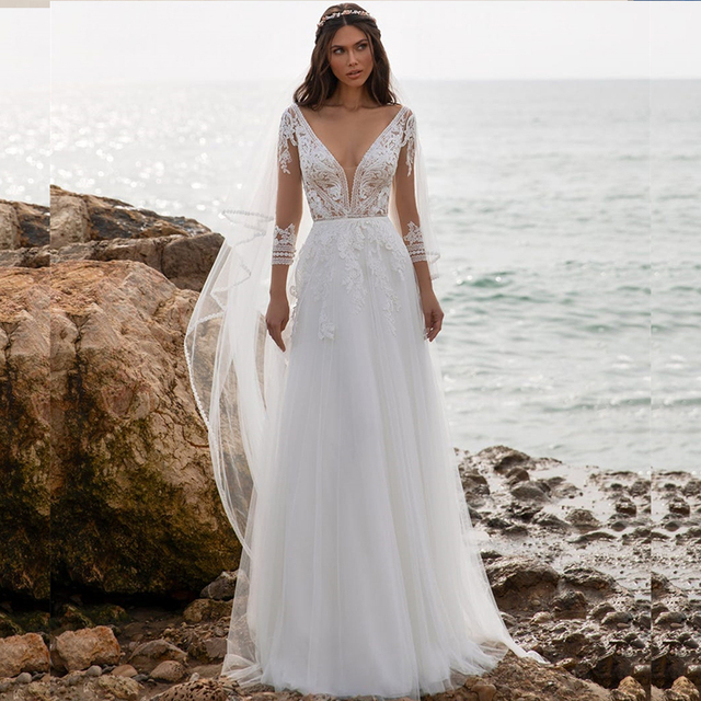 Boho Beach Wedding Dress 2021 A-Line V-Neck Long Sleeve Lace Appliques Tulle Backless Bohemian Bride Gown Sexy Charming Robe 1