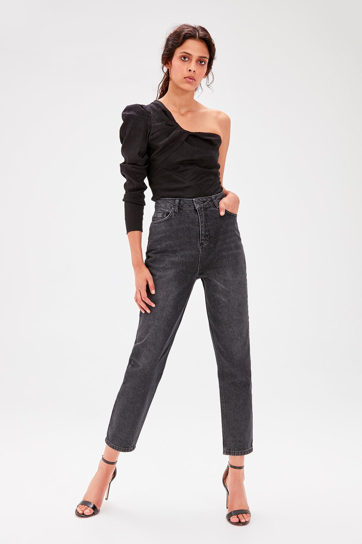Trendyol Black-Flushing High Bel Mom Jeans TWOAW20JE0039