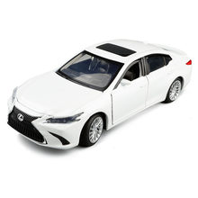 1/32 Lexus Simulation Toy Vehicles Model Alloy Kids Toy Genuine License Collection Gift Off-Road Car Kids(China)