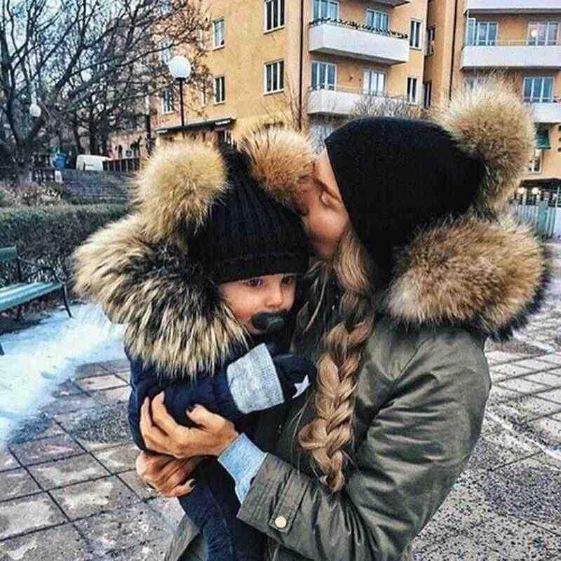 Gorros de moda para padres e hijos Gorro con pompón de invierno para bebés gorro de bola de doble piel para bebés gorro de punto cálido para bebés gorros para recién nacidos