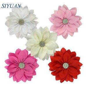 Image 1 - 50 teile/los 9cm Multy Schicht Stoff Blume mit Strass Chic Lotus Blume Kinder Schöne Headwear Zubehör Hohe Qualität TH300