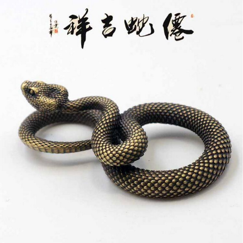 Chinese Handmade Pure Brass Snake Outdoor EDC Tool Snake Pendant Pendant Snake Keychain Antique Brass Craft Keychain
