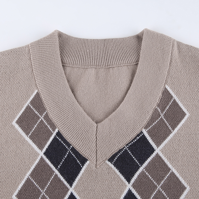 Casual V Neck Sweater in beige