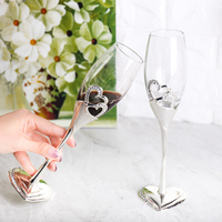 2 Pieces / Set of Wedding Champagne Glasses Toast Glasses Glasses Wedding Party Decoration Wedding Drinking Wine Gifts
