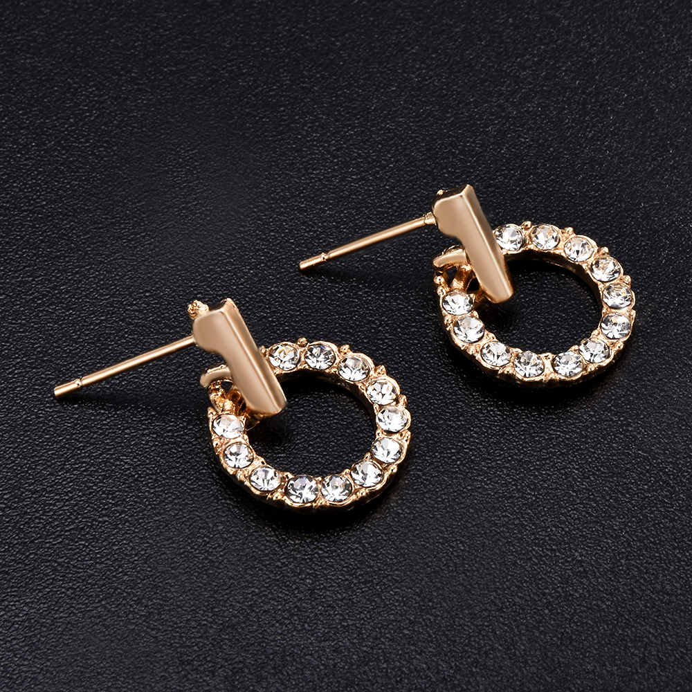 2019 New Fashion Women Stud Wedding Earrings Simple Hypoallergenic Circle Exquisite Mini Earrings Female Jewelry