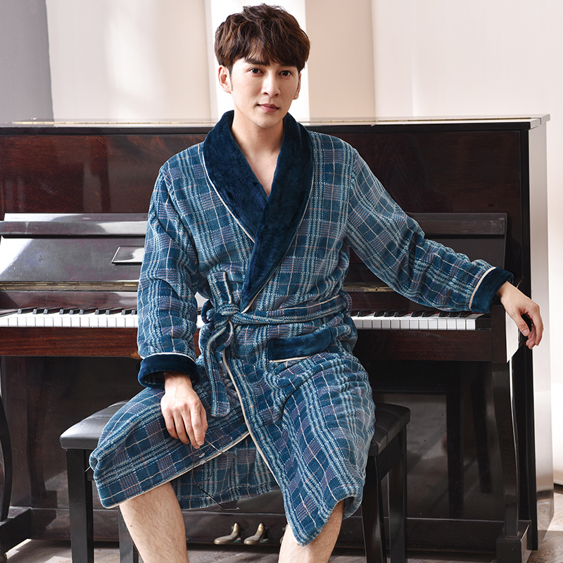 New Male Robe Velvet Peignoir Homme Bata Hombre Kimono Men Plaid Classy Soft High Quality Brand Yukata Men Winter Warm Bathrobes