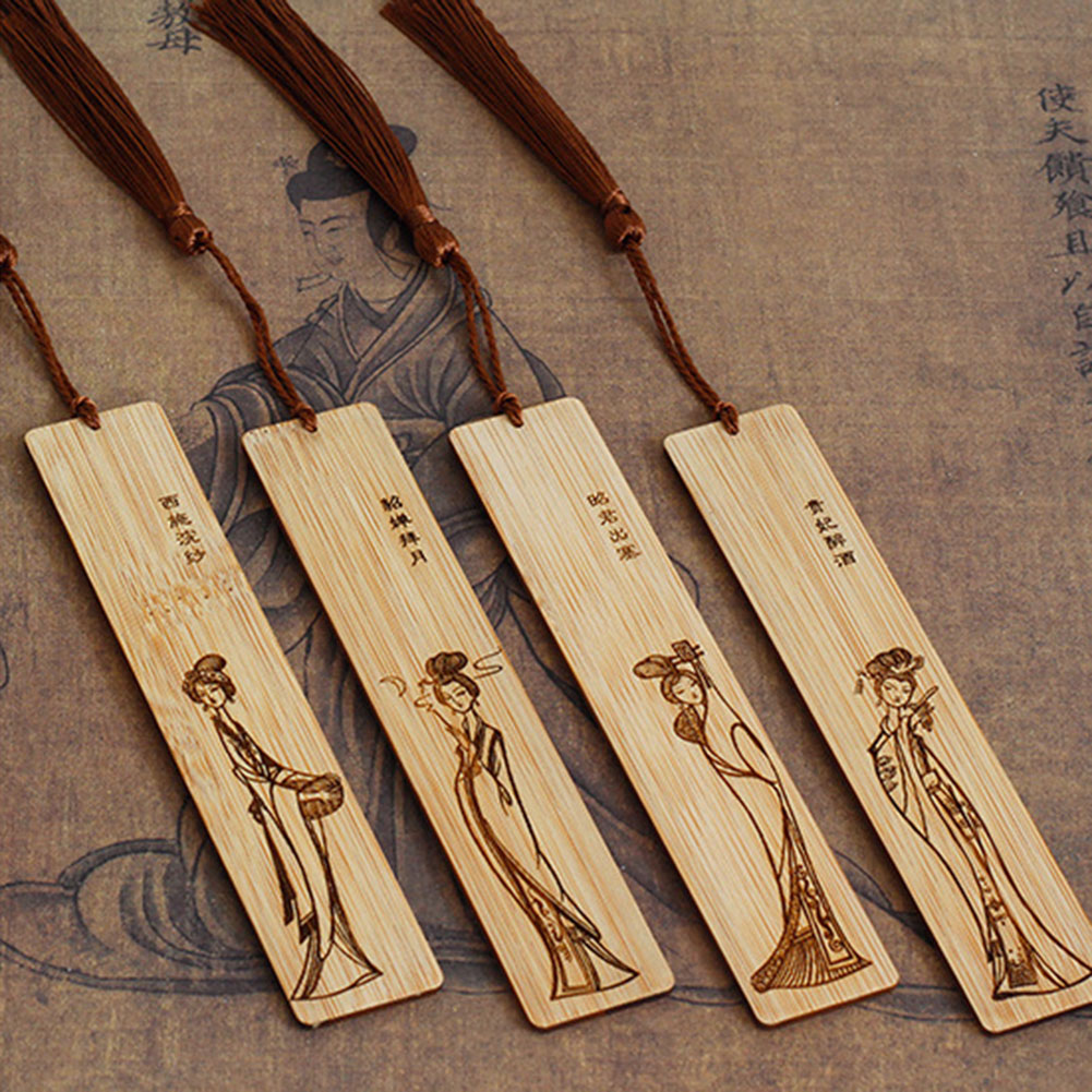 1pc Wooden Bookmarks Classic Vintage Hollow Retro Chic Bookmark Fir Gifts VH99