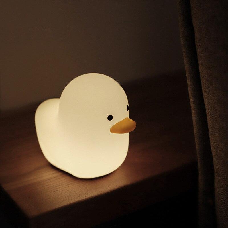 Милая силиконовая Ночная лампа с утопленной уткой и переключателем, питание от USB, ночник для спальни, прикроватного столика, детской комнат...
