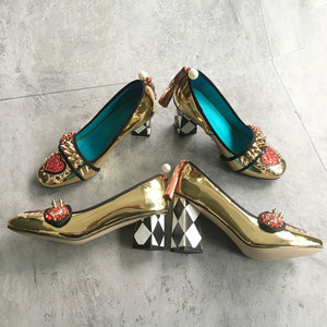 Image 4 - Phoentin 골드 하이힐 여성 크리스탈 꽃 신발 프린지 리벳 2020 패션 appliques 숙녀 펌프 정품 가죽 FT621G