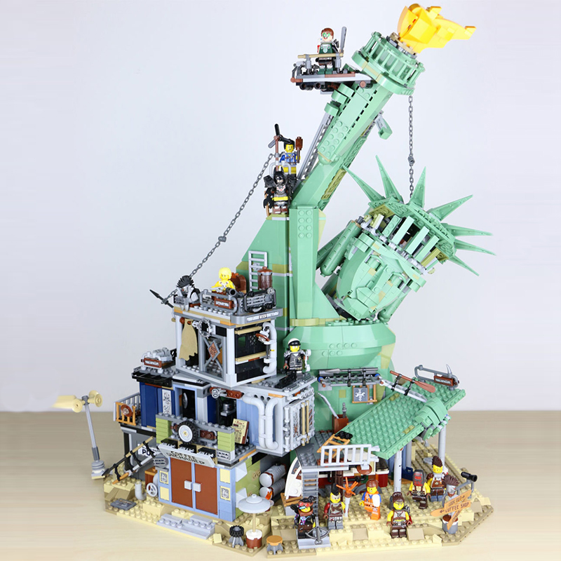 45014 Movie Seies The Statue of Liberty Welcome to Apocalypseburg Building Block Bricks Compatible with Legoinglys <font><b>70840</b></font> Movie 2 image