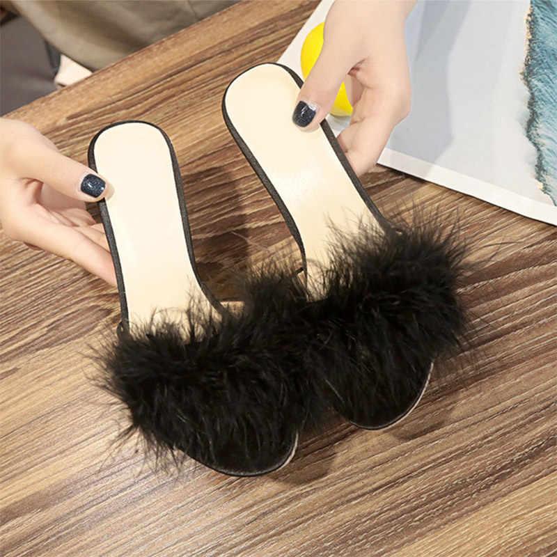 2020 Donne di Estate di Pelliccia Pantofole Donna Sottili Tacchi Alti Scarpe Delle Signore di Modo Della Piuma Delle Donne Peep Toe Femminile Muli Presentazioni Aziende Produttrici Giochi scarpe