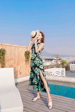 New women clothes 2019 Spring and summer new style Seaside holiday dress Sexy open back slit dress Chiffon print dress rose print slit back pencil dress