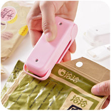 Mini Portable Heat Seal Machine Food Vacuum Sealer Heat Sealer For Plastic Package Storage Bag Heat Sealer Capper Food Saver(China)