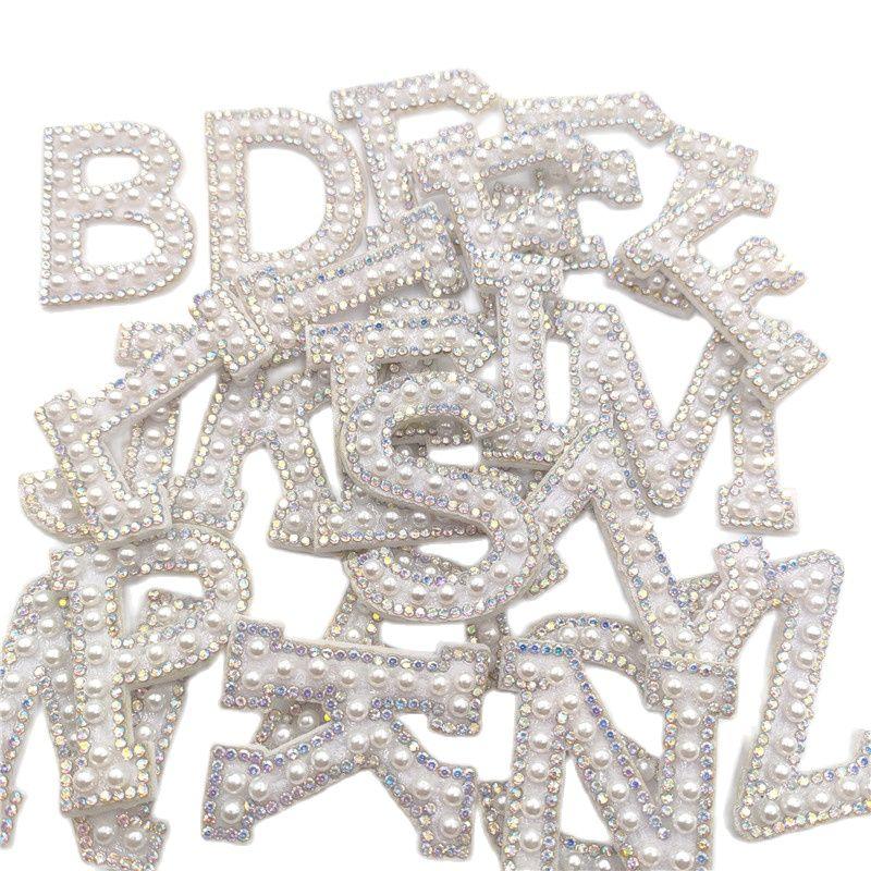 26 шт./лот A-Z с горным хрусталем и жемчугом на английском языке, с изображением букв алфавита, шить приклеивающиеся утюгом нашивки знак 3D ручн...