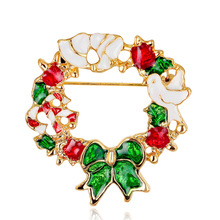 Christmas 100 ornaments popular in Europe and the United States color wreath brooch chest flowers Dan run jewelry wholesale