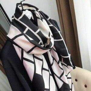 Image 3 - Năm 2019 Nữ Thời Trang Aztec Tua Rua Viscose Khăn Choàng Khăn Choàng Nữ Chất Lượng Cao Quấn Khăn Choàng Pashmina Đã Lấy Trộm Bufanda Hồi Giáo Hijab Snood 180*90Cm