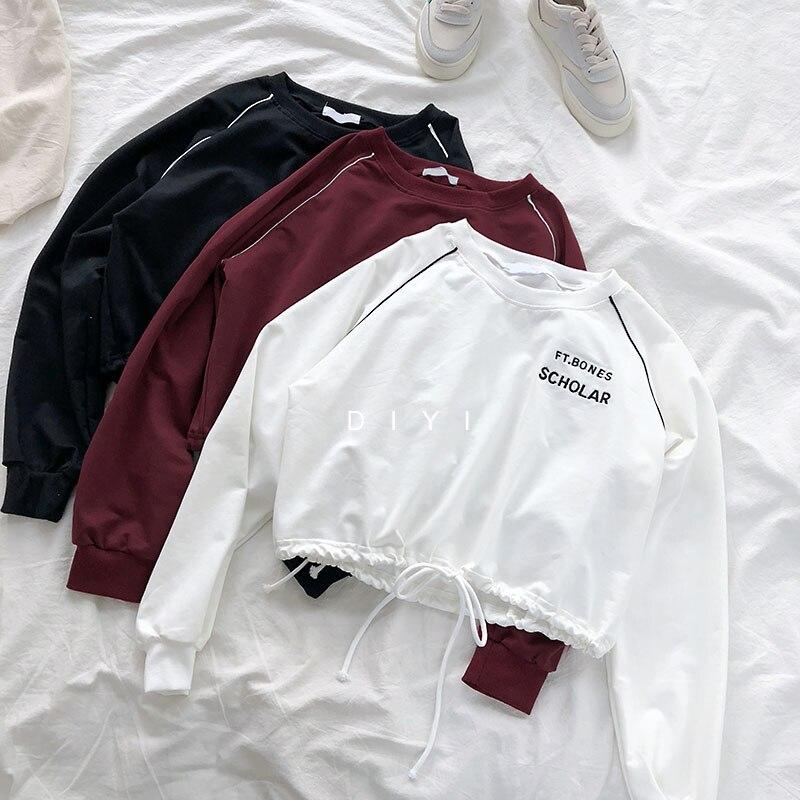 Korean Casual Tees Autumn T-shirts Women Long Sleeve Letter Embroidery Loose Simple Short T Shirt Harajuku Black White Crop Top