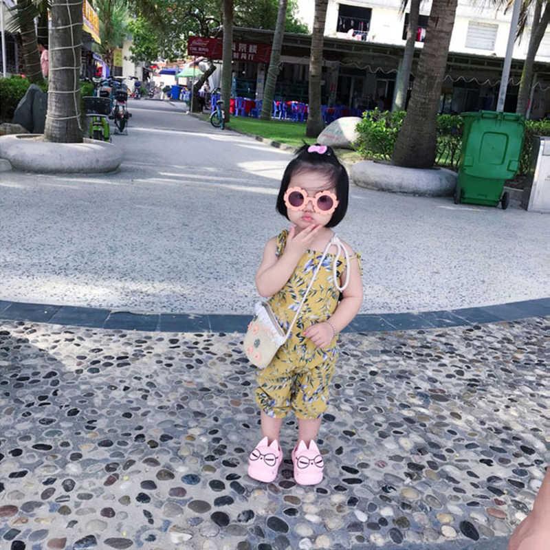 子供の少年少女のサングラス子サングラスラウンドフレームかわいい花ベビー子供スポーツノベルティおもちゃ屋外メガネ夏