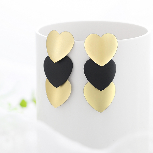 black and gold fantasy earrings 3