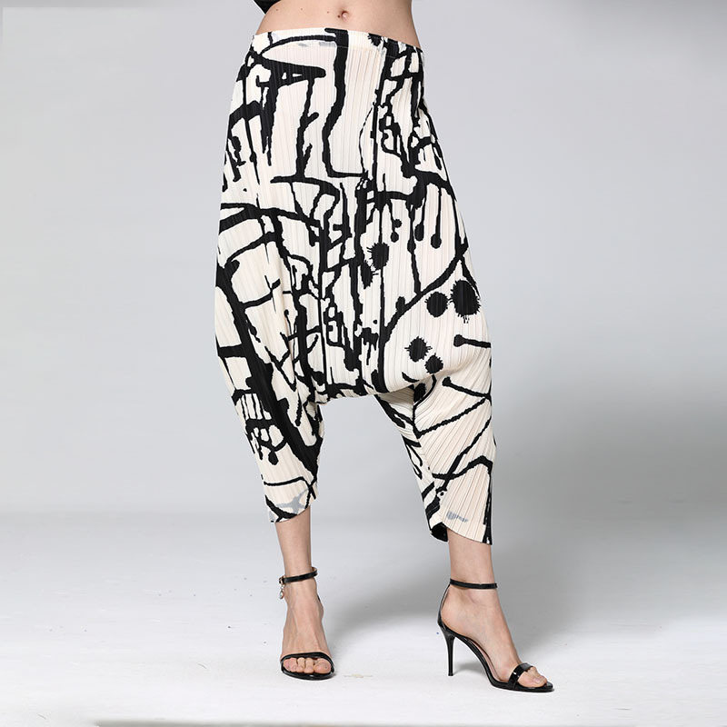 LANMREM High Quality Pleated Pants 2020 Trend New Striped Elastic High Waist Fashion Printting Trousers Female Harem Pants YJ167