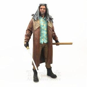 """Image 2 - The Walking Dead 7 """"фигурка Иезекииля, статуя из макфарлана, AMC, ТВ, цветная серия, коллекционная Оригинальная кукла, игрушки из фильма"""