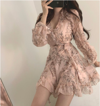 Women Mini Dress 2020 Spring New V-neck Floral Chiffon Dress High Waist Flare Sleeve Female Dress