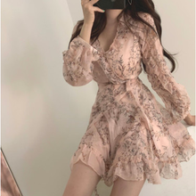 Women Mini Dress 2020 Spring New V-neck Floral Chiffon Dress
