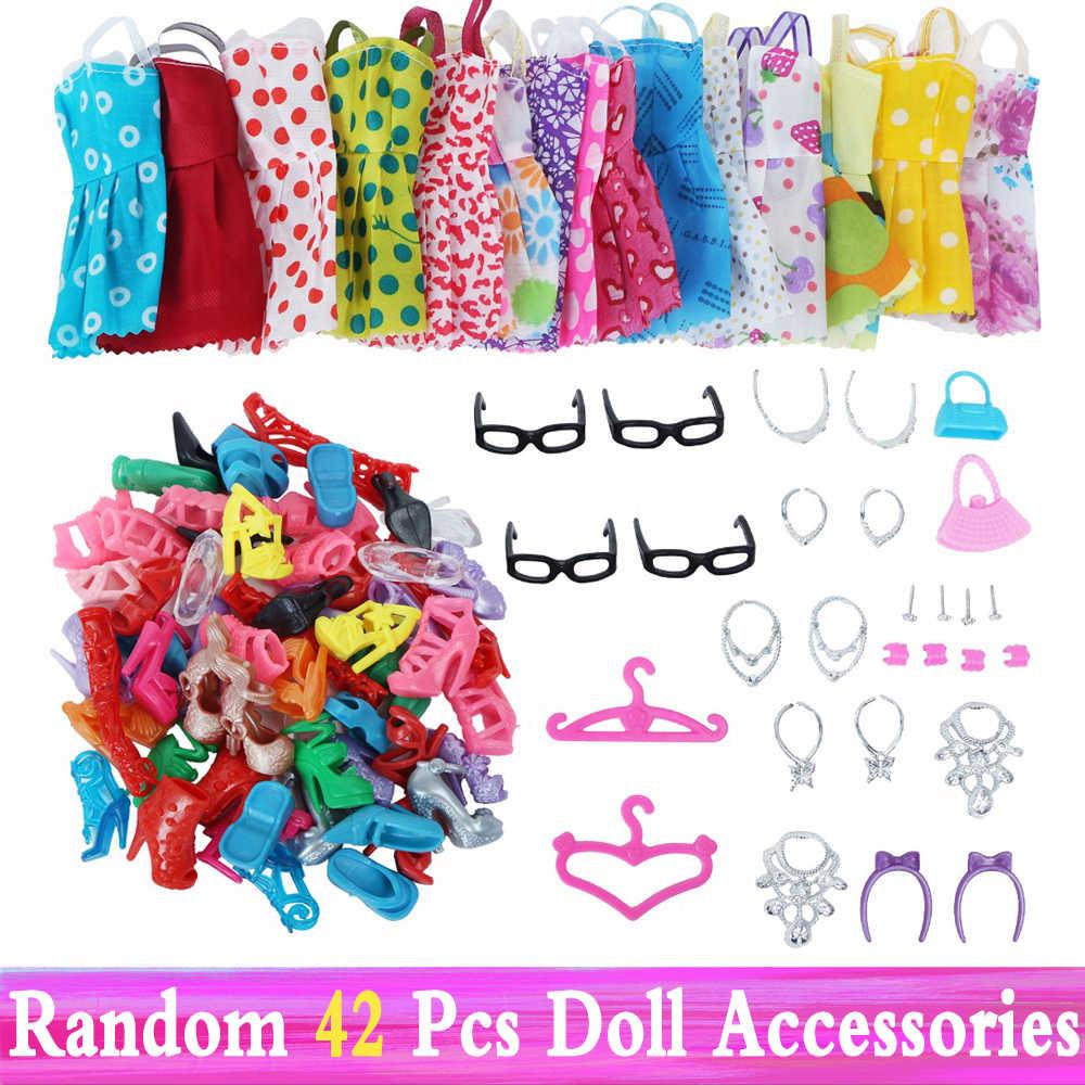Zufällig 1 Set Puppe Zubehör für Barbie Puppe Schuhe Stiefel Mini Kleid Handtaschen Crown Kleiderbügel Gläser Puppe Kleidung Kinder Spielzeug 12''