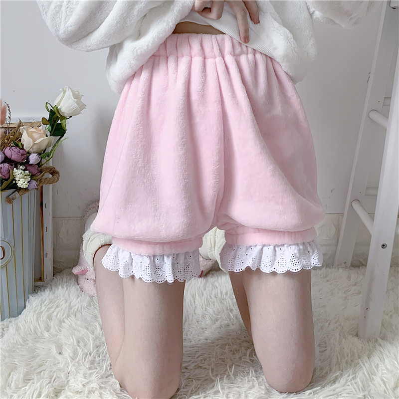 Winter Cute Lolita Girls Warm Velvet Shorts Sweet High Waist Lace Women's Plush Shorts Summer Kawaii Bloomers Shorts Pink White
