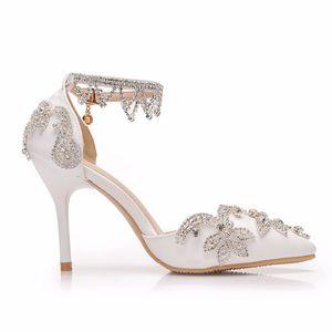 Image 5 - 크리스탈 퀸 라인 석 펌프 여성 얇은 하이힐 지적 발가락 발목 스트랩 샌들 웨딩 신발 파티 힐 여성 신발
