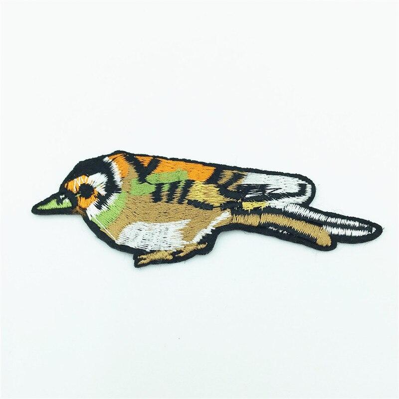 50pcs Wholesale Bird Patches for Clothing Embroidery Patch Blouse Dress Coat Apparel Applique Badge Parches