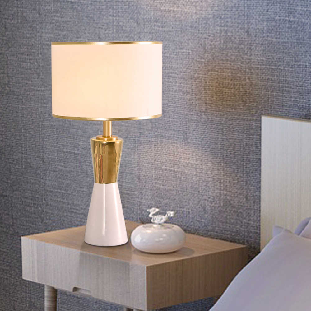 Luxuriou 황금과 흰색 원추형 세라믹 테이블 램프 Led 침대 옆 램프 침실 램프 220v 110v 블랙 화이트 전등 갓 홈 장식