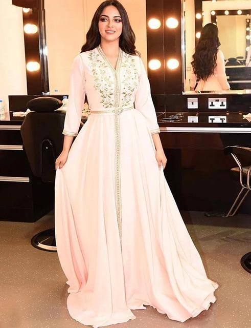 Elegant Pearl Pink Moroccan Kaftan Evening Dresses Long Prom Dress 2020 Embroidery A-Line Full Sleeve Arabic Muslim Formal Gowns